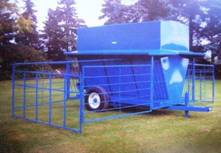 250 bu Bison Creep-Feeder – Feeding